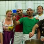 Am 19. Juli kochen Familie Blumschein und Asylwerber und laden zum Tisch der Toleranz (Foto: Veranstalter)