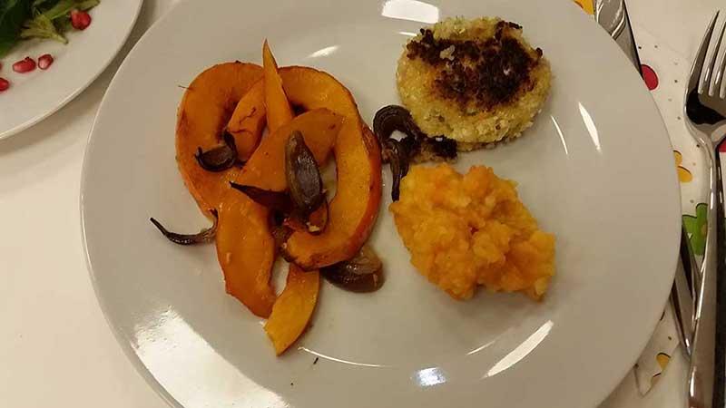 -Kürbis-Karotten-Kartoffel-Püree-Hirselaibchen